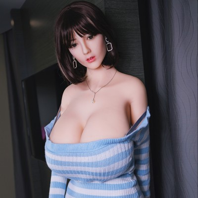 Dana:  huge breast full silicone sexy doll