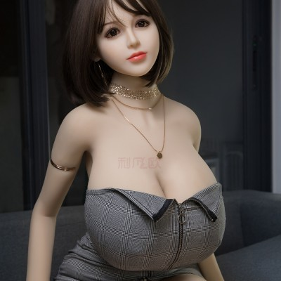 Domi: 170cm huge breast sexy doll