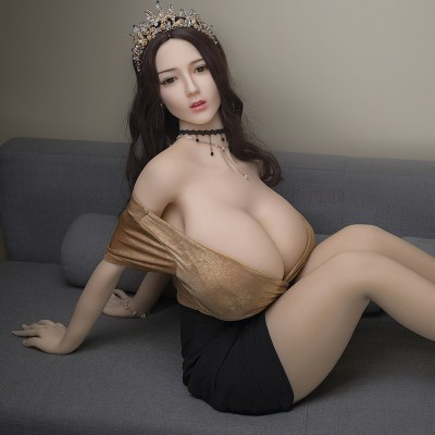 Dawn: huge breast perfect sexy doll