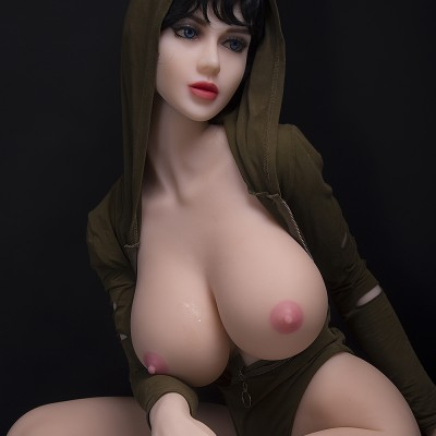 Amanda: Sex doll for men One who deserves love
